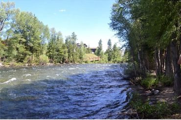 890 Blue River Parkway # 811 SILVERTHORNE, Colorado - Image 3