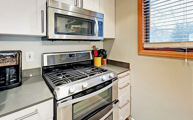 Greenbrier Condos # d29 - photo 9