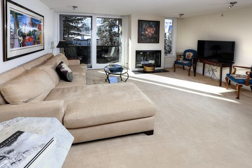 292 East Meadow Drive # 440 Vail, CO 81657 - Image 4