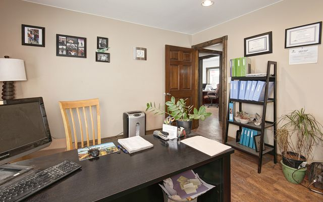 205 Warren Avenue # 205 - photo 17
