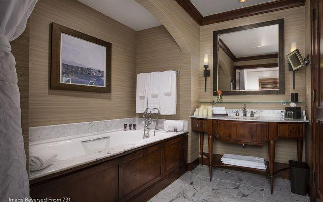 Ritz Residential Suites # hs725 - photo 2
