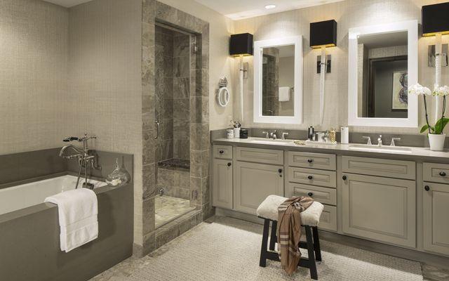 Ritz-Carlton Residences # R-102 - photo 10