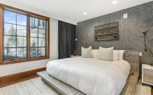 Ritz-Carlton Residences # R-102 - photo 12