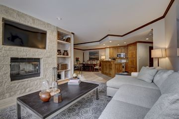 32 Highlands Lane # 203 Beaver Creek, CO 81620