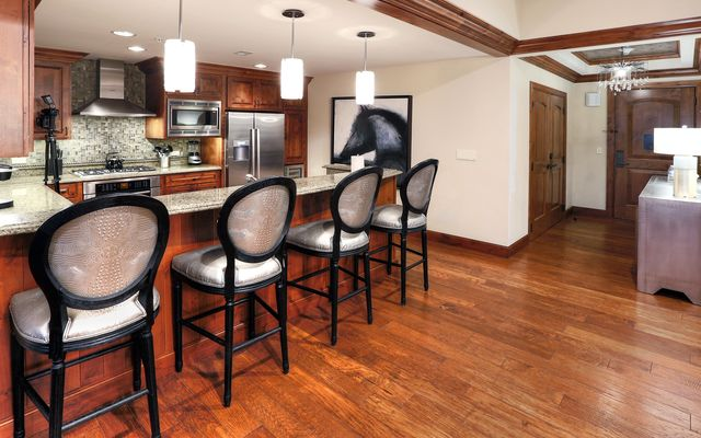 Ritz-Carlton Residences # R-614 - photo 11