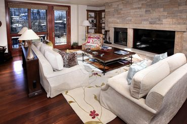 141 E Meadow Drive # 4B Ea Vail, CO 81657 - Image 2