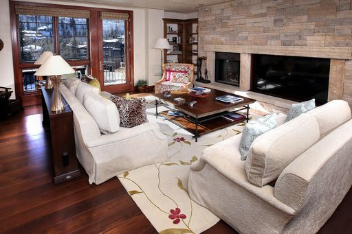141 E Meadow Drive # 4B Ea Vail, CO 81657 - Image 1