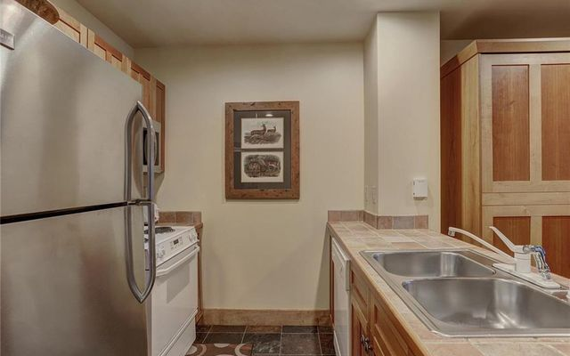 Red Hawk Lodge Condo # 2214 - photo 5