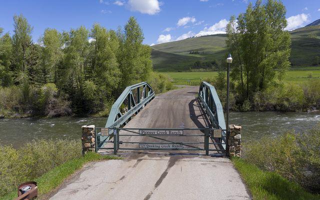 731 Pioneer Creek Road - photo 1
