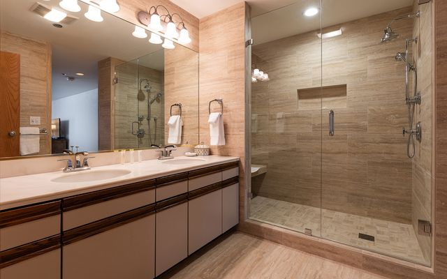 311 Offerson Road # 431 - photo 5