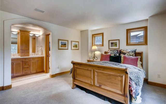 160 Goldenrod Circle - photo 22