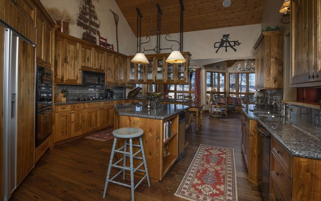 393 Forest Trail - photo 7