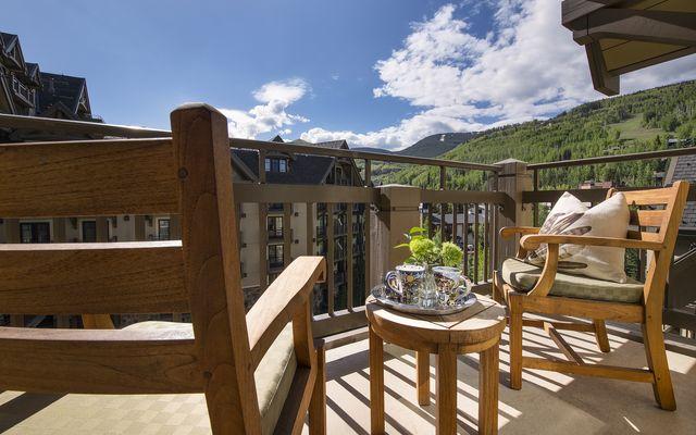 Four Seasons Private Residences # 7101 - photo 1
