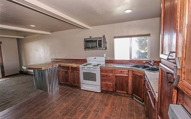 912 Range Avenue - photo 3