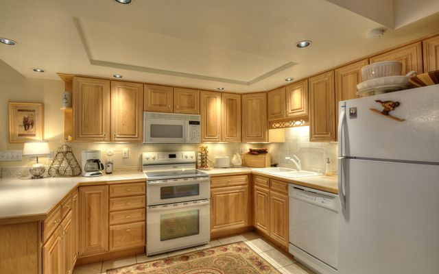 900 Columbine Road # 104 - photo 7