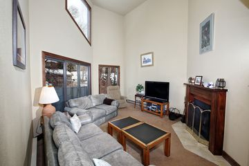 945 Red Sandstone Road # B4 Vail, CO