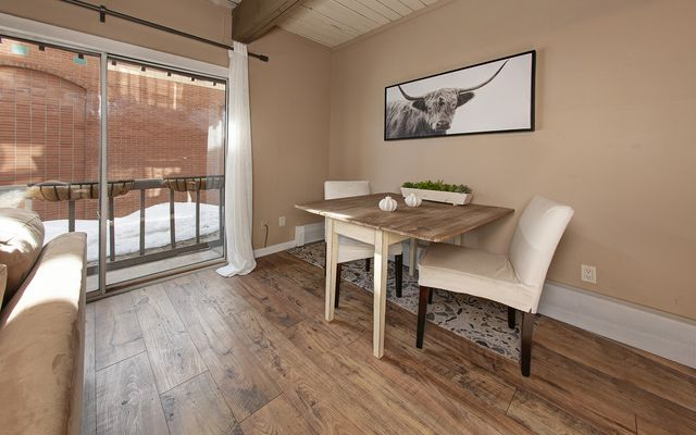 Panorama Alpine Condo # 103 - photo 4