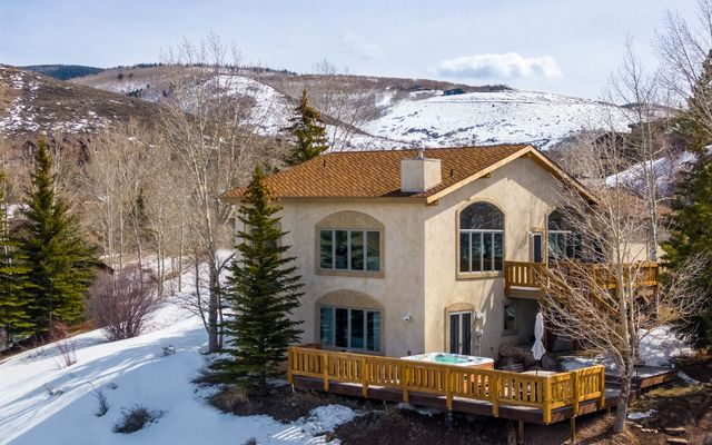 2445 Saddle Ridge Loop - photo 25