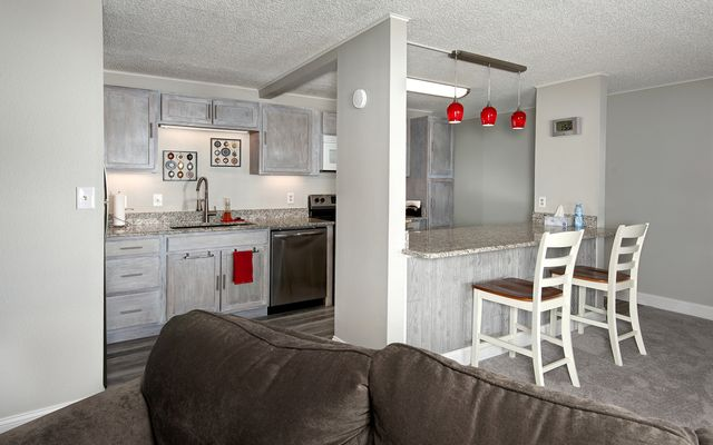 Dillon Bay In Corinthian Hill Condo # 102 - photo 12