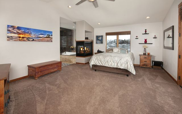 100 Mule Deer Court - photo 17