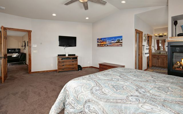 100 Mule Deer Court - photo 19