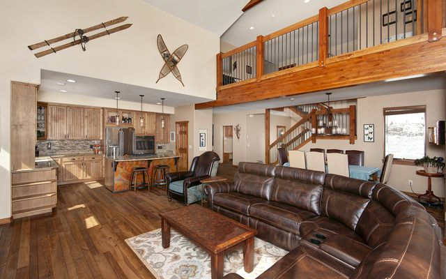 100 Mule Deer Court - photo 3