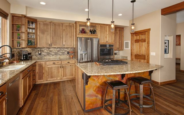 100 Mule Deer Court - photo 5