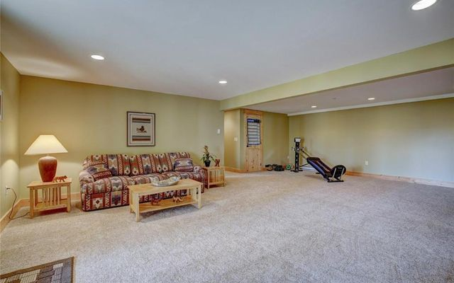 295 Blue Spruce Road - photo 24
