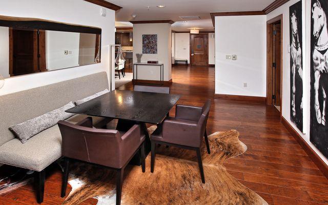 Ritz-Carlton Residences # R-4 - photo 3