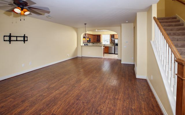264 Founders Avenue - photo 1