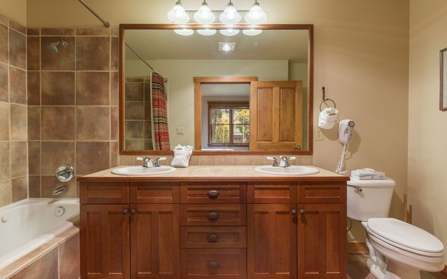 Red Hawk Townhomes Condo # 2323 - photo 32