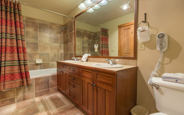 Red Hawk Townhomes Condo # 2323 - photo 33