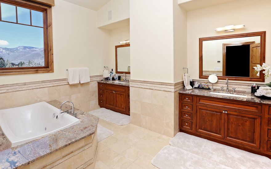 595 Vail Valley Drive # 460 - photo 8