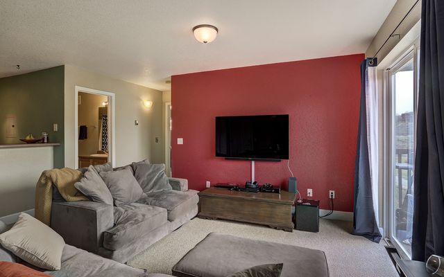 Soda Creek Condominiums # 2f - photo 5