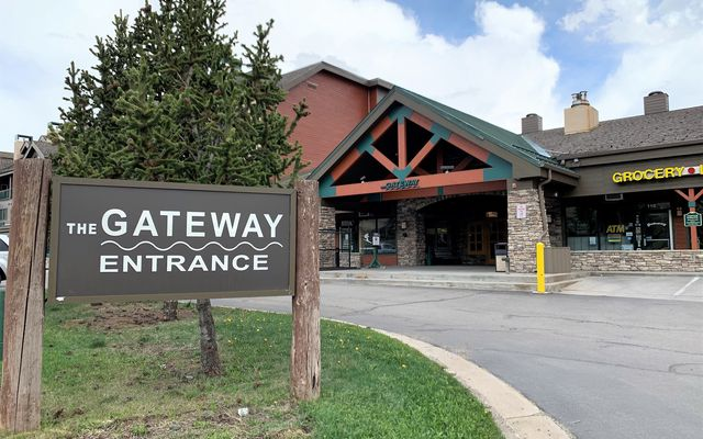 Gateway Condo # 5017 - photo 30