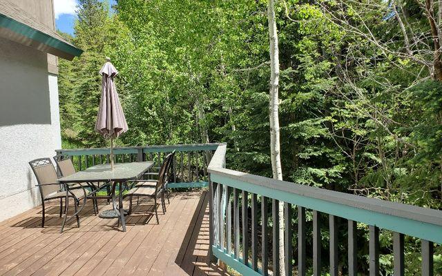 4250 Spruce Way - photo 10