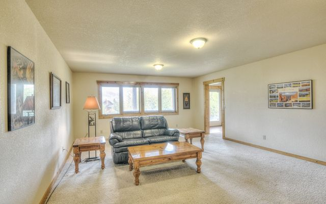 324 Black Hawk Circle - photo 39