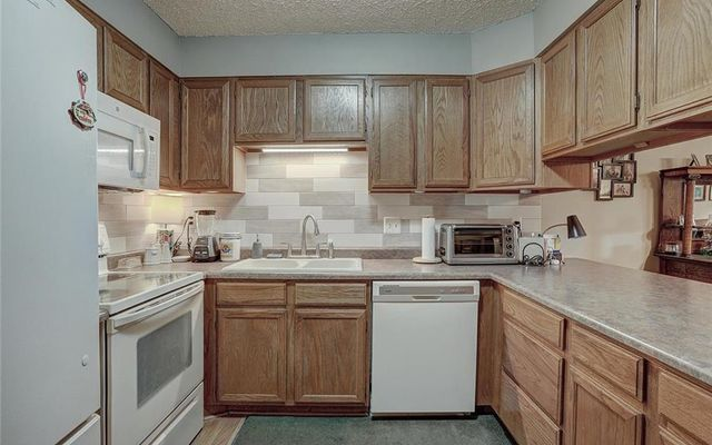 Meadow Creek Villa Condo # 208 - photo 9