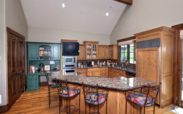 297 Aspen Meadows Road - photo 4