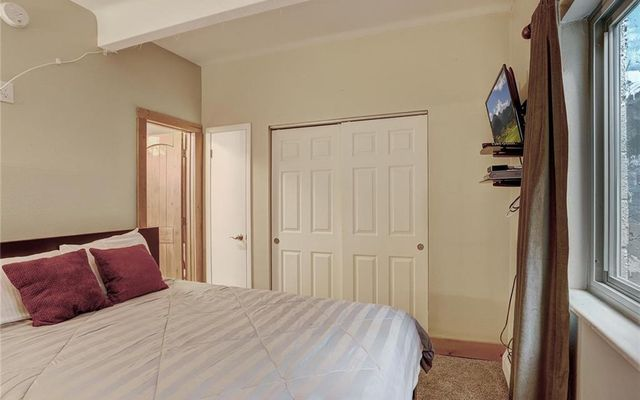 Lake View Condo # 102 - photo 27
