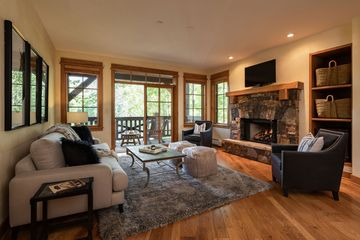 1087 Bachelor # 203 Beaver Creek, CO 81620