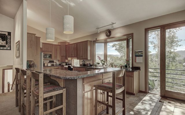 514 Highwood Terrace - photo 11