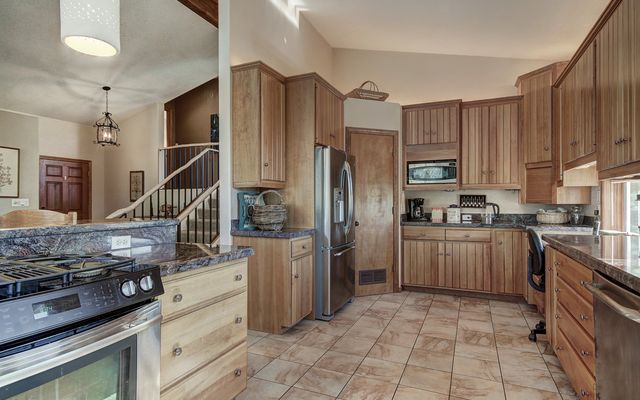 514 Highwood Terrace - photo 12