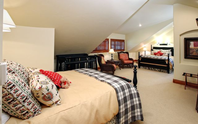 82 Turnberry Place - photo 18