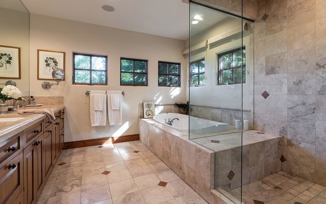 82 Turnberry Place - photo 9