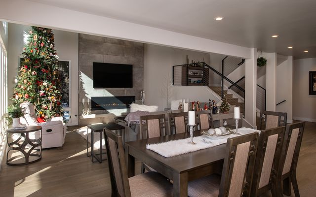 201 Riverbend Drive # A - photo 3