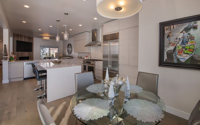201 Riverbend Drive # A - photo 6