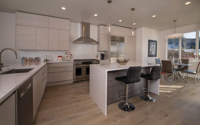 201 Riverbend Drive # A - photo 7