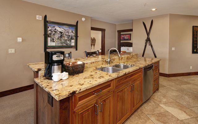 Crystal Peak Lodge Condos # 7000 - photo 8
