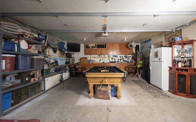 325 Tanglewood Lane - photo 26